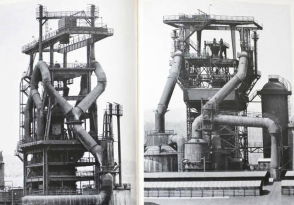 eine Seite aus Bernd & Hilla Becher - Anonyme Skulpturen: eine Typologie technischer Bauten (Hochöfen), Preis: 1000-1500 Euro - http://josefchladek.com/book/bernd_hilla_becher_-_anonyme_skulpturen_eine_typologie_technischer_bauten (07.07.2013)