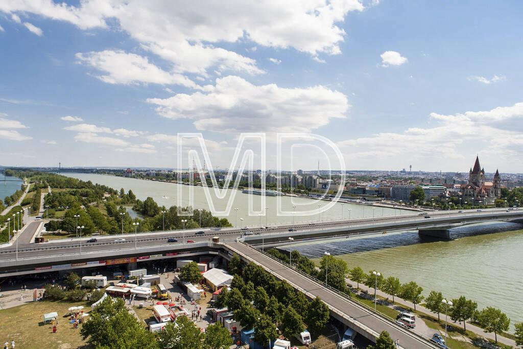 Brigittenauerbrücke von oben, © www.martina-draper.at (08.07.2013)