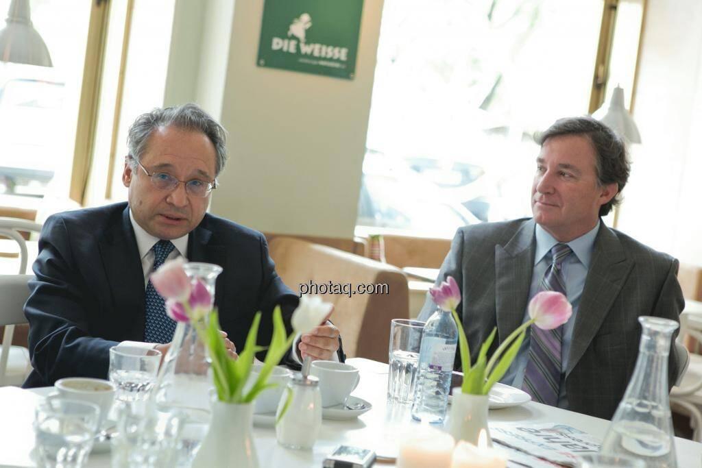 Lenic M. Rodriguez (CEO Aurcana), Gary Lindsey (Corporate Relations Aurcana), © Martina Draper (15.12.2012)