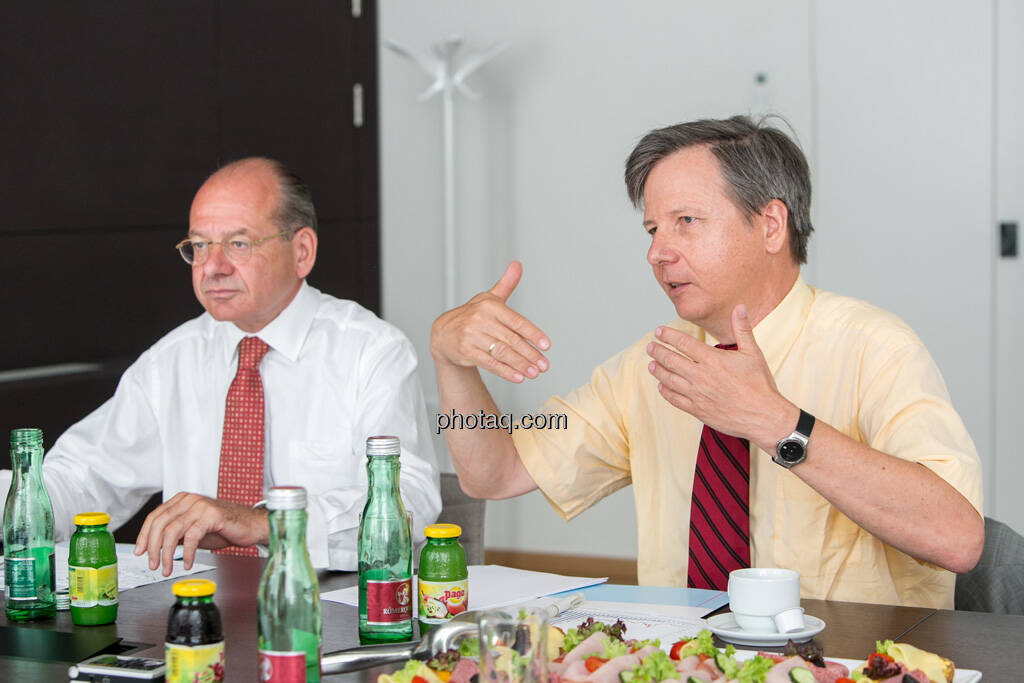 Michael Spiss (RCB), Michael Spiss (RCB), Heinrich Traumüller (Büro des Kapitalmarktbeauftragten, BMF), © finanzmarktfoto.at/Martina Draper (06.08.2013)