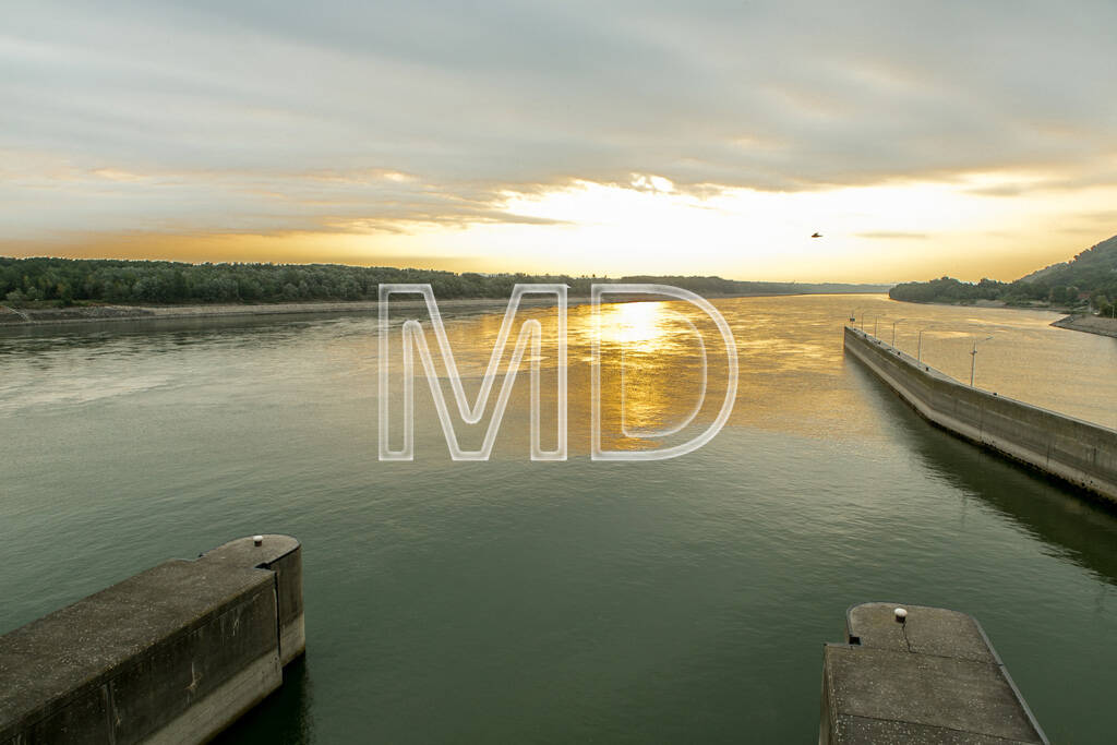 Donau, Sonnenaufgang, © www.martina-draper.at (09.08.2013)