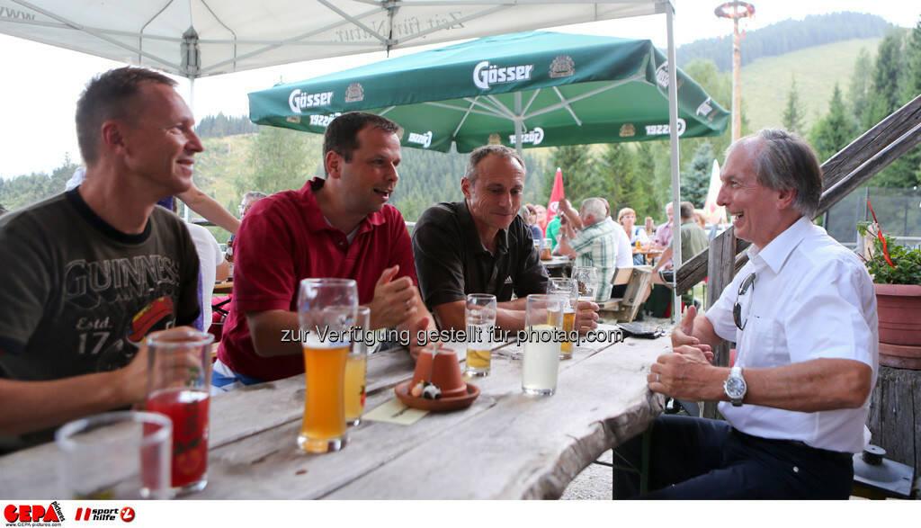 Harald Glocknitzer (Steuerberatung), Philipp Bodzenta (Coca Cola), Toni Schutti (Sporthilfe) und Generaldirektor-Stellvertreter Friedrich Stickler (Lotterien). Foto: GEPA pictures/ Markus Oberlaender (13.08.2013)