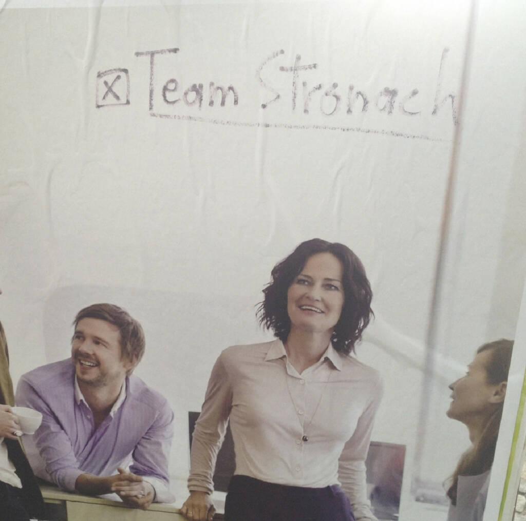 Erstmals mehr als zwei Leute vom Team Stronach auf einem Bild (05.09.2013)