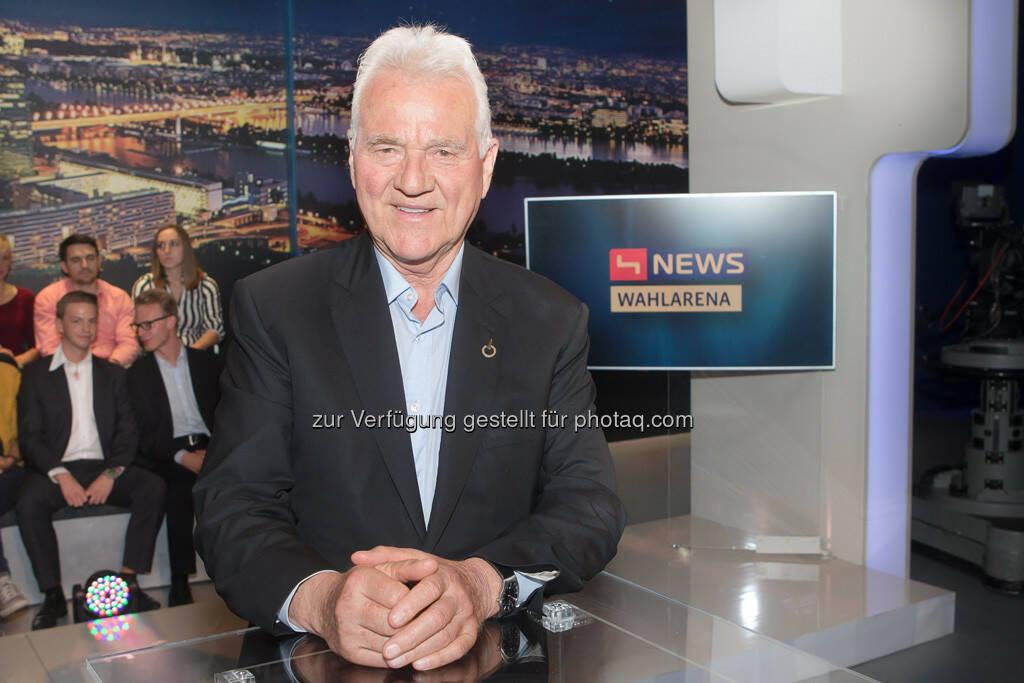 Frank Stronach - Team Stronach - Die SpitzenkandidatInnen der Oppositionsparteien zu Gast in Café Puls und Guten Abend Österreich (Bild: Christian Mikes) (10.09.2013)