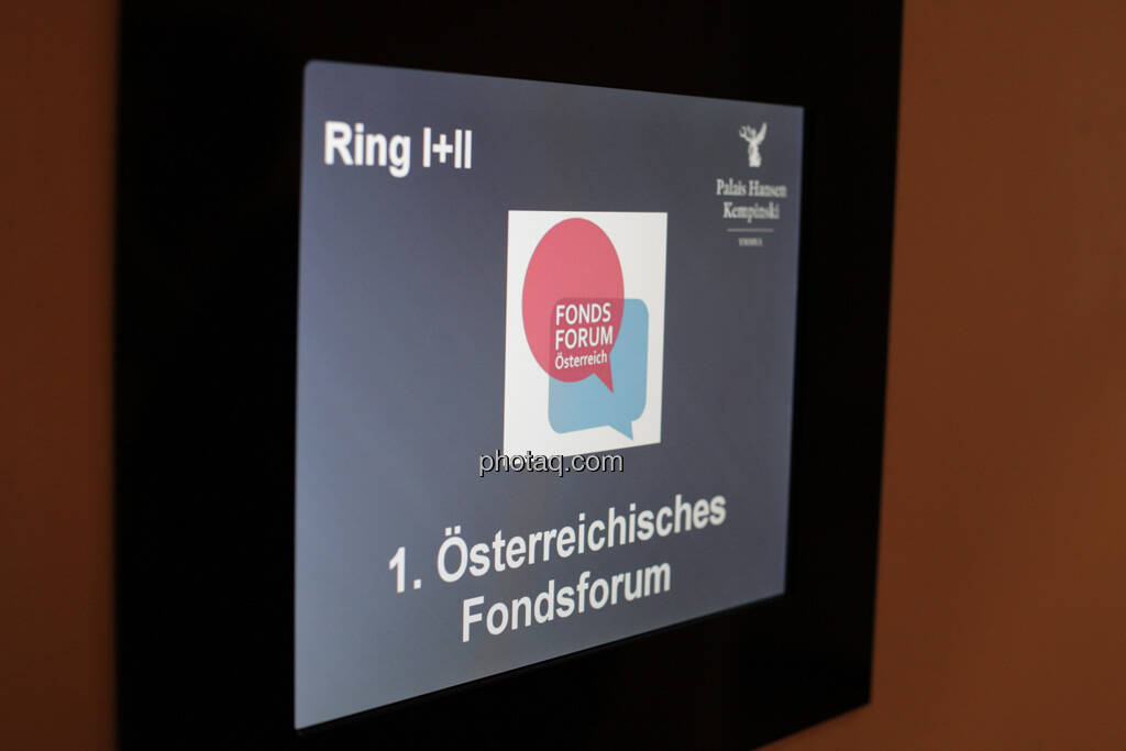 Österreichisches Fondsforum, Display, © finanzmarktfoto.at/Michaela Mejta (12.09.2013)