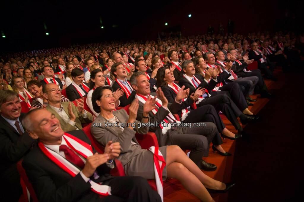 Buch der Anliegen für Österreich, präsentiert von der ÖVP in der Stadthalle  (c) ÖVP (17.09.2013)