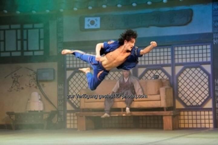 Am 21. und 22. September gastiert die südkoreanische Bühnensensation Extreme Jump im Wiener MuseumsQuartier (c) Allegria